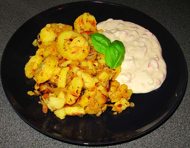 Würzige Bratkartoffeln mit Sojaquark