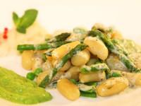 Gnocchi mit grünem Spargel an Limetten-Minzsauce