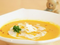 Karotten-Ingwer Suppe mit Kokosmilch