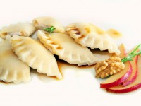 Ravioli mit Ricotta-Walnuss-Füllung