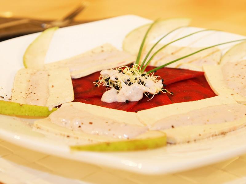 Rote-Beete-Tofu Carpaccio